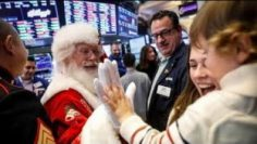 Will tech stocks drive a Santa Claus rally?