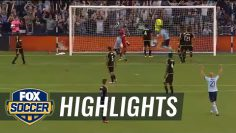 Besler scores in stoppage time to make it 3-2 | 2016 MLS Highlights
